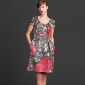 Mad Men by banana republic Floral 50s style dress